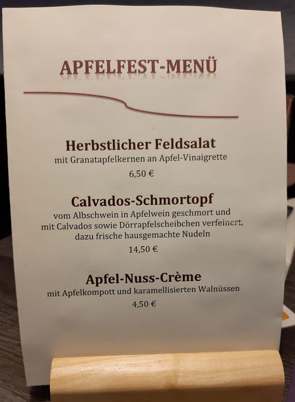 """Das Apfelmenu beim Talwirt gibt es """"während der Mössinger Apfelwoche und den Herbst hindurch""""."""